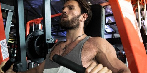 Leichtes Gewicht für Muskelwachstum oder schwere Gewichte?